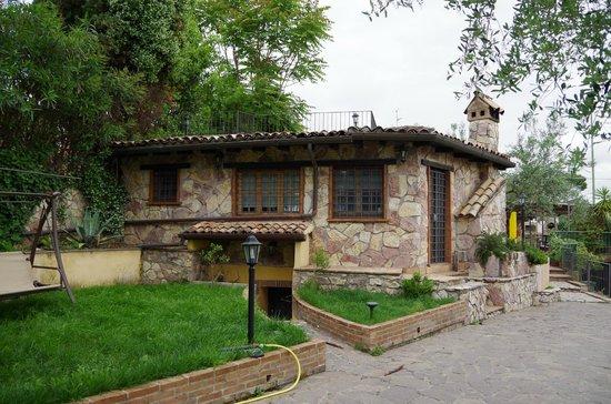 La Casa Nella Roccia.Esterno Villa Picture Of B B La Casa Nella Roccia Sacrofano