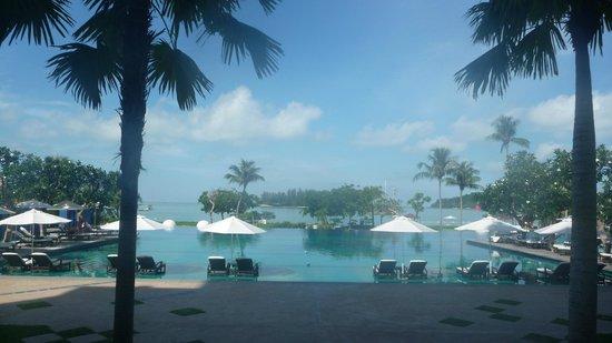 The Danna Langkawi: Fabulous pool.