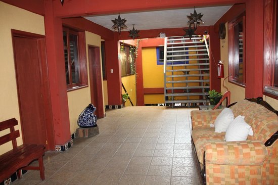 El Quijote: The hallway