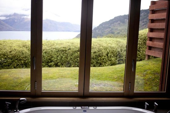 Azur: The view from the bathroom