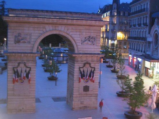 Quality Hotel du Nord Dijon Centre: Aussicht vom Zimmer