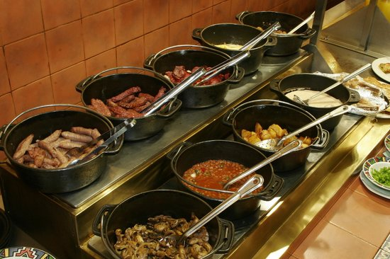 Tati River Lodge: Breakfast buffet