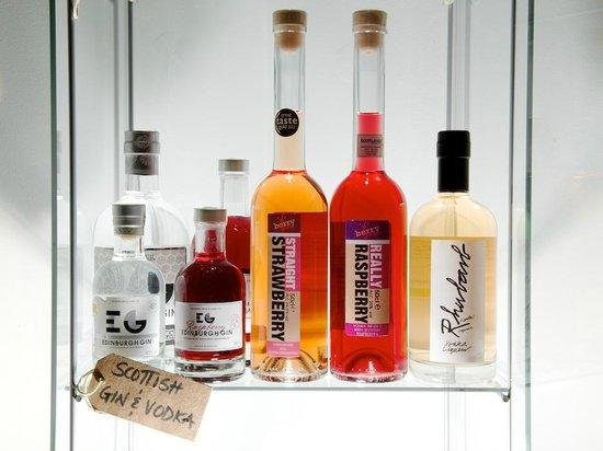 Cranachan & Crowdie: Scottish gin and vodka with Scottish strawberries, raspberries and rhubarb.