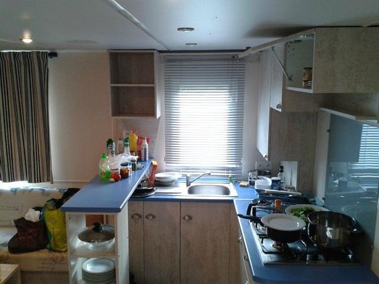 Camping Pen Guen : Nice kitchen!