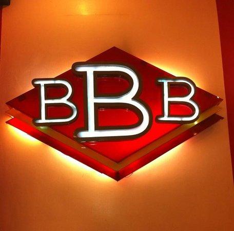 Big Better Burgers : Close up..