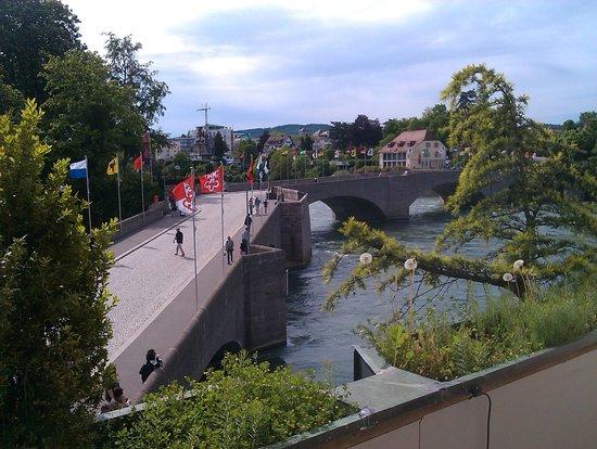 Hotel Schiff am Rhein : Sicht aus dem Zimmer 204