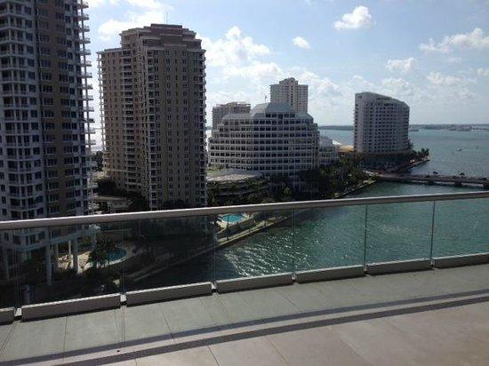 Viceroy Miami: Vista dalla pool