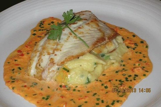 Doyle's Seafood Restaurant: turbot at Doyle's