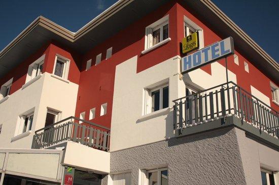 Hotel Eden Lac : Façade soleil