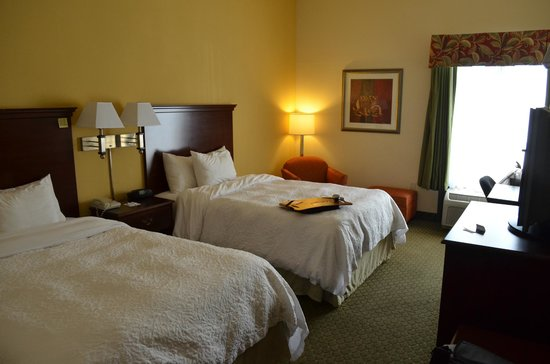 Hampton Inn New Bern: Room #126