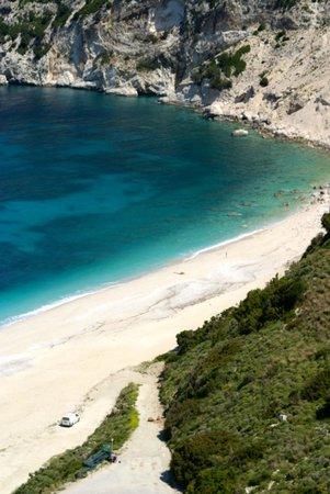 The Magnolia Resort: Myrtos beach