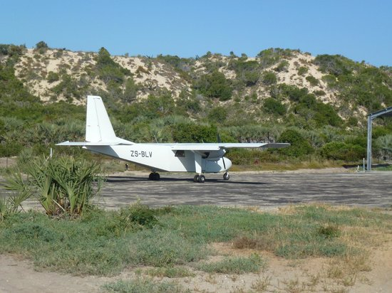 Pestana Bazaruto Lodge All Inclusive: CFA plane that brought us to the Island