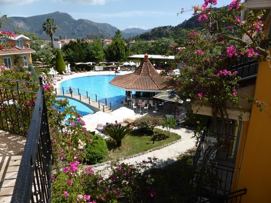 Club Alla Turca: Pool area