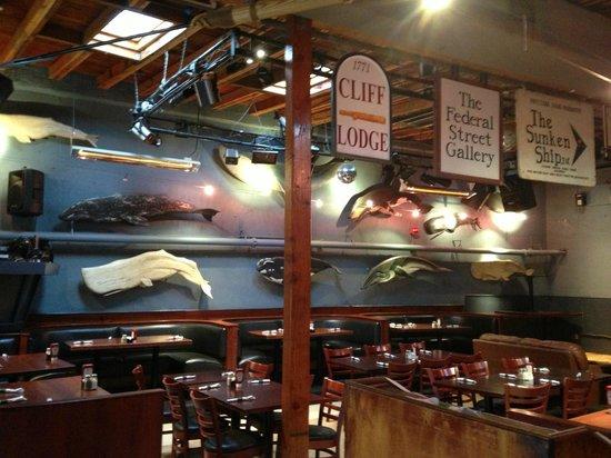 Rose & Crown Pub: Salón para comidas