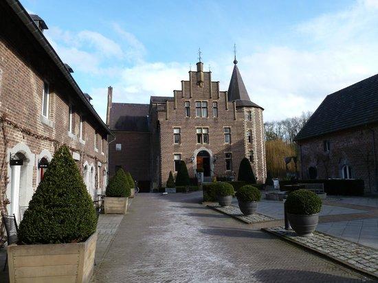 Kasteel TerWorm : Front entrance