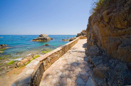Caminos de ronda en Lloret de Mar (Costa Brava)