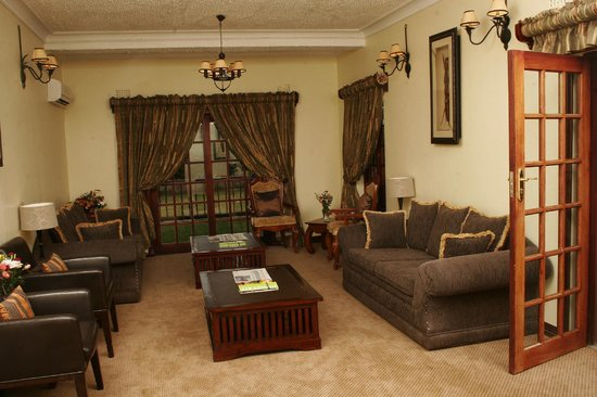 Tati River Lodge: Executive lounge