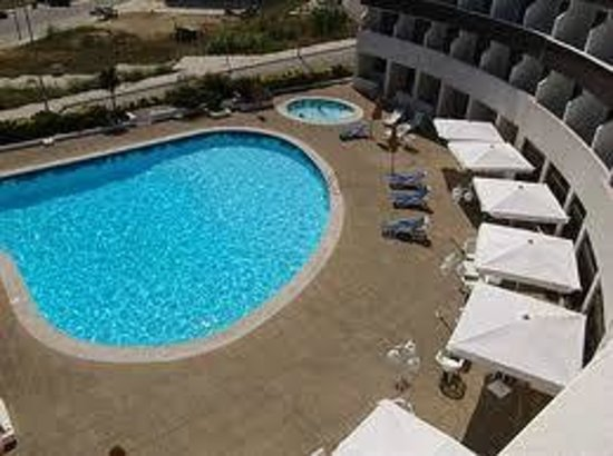 Hotel Meia-Lua: piscina