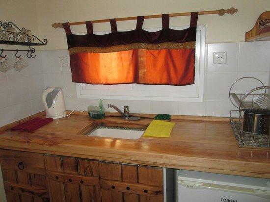 Desert Routes Inn - Shvilim Bamidbar: the kitchen