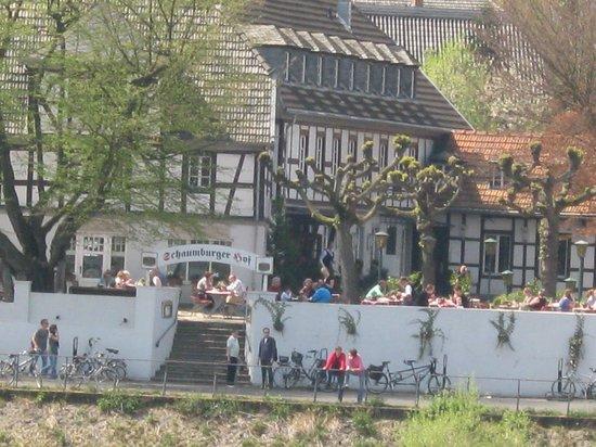 Schaumburger Hof: direkt am Rhein