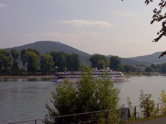 Schaumburger Hof: Petersberg, Siebengebirge