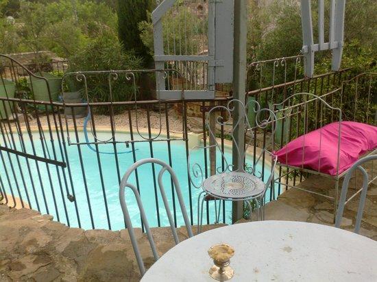 Le Roc sur l'Orbieu: La piscine
