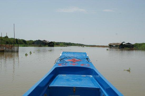 Unique Kayak Cambodia Day Tours: on way to Tonle Sap