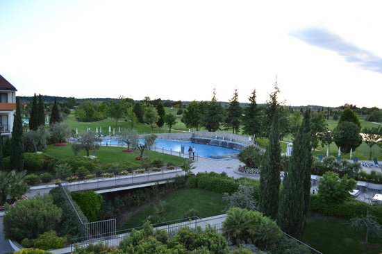 Parc Hotel : vista piscina