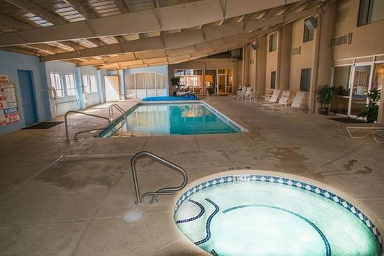Comfort Inn Santa Rosa : Pool & Spa