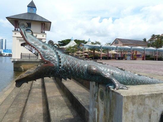 The Kebun Residences : Waterfront Kuching