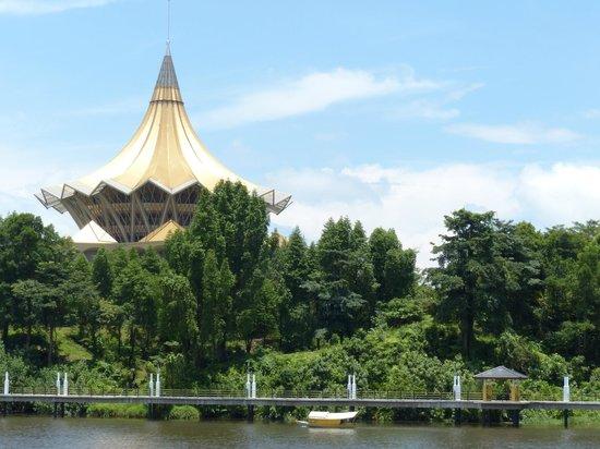 The Kebun Residences : Parliament Building Kuching