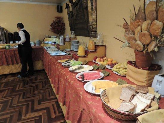 Los Andes De America Hotel: Desayuno buffet