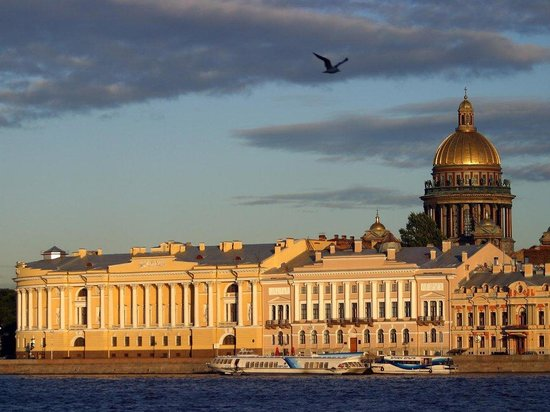 Olton Travel Tour Company - Day Tours in St. Petersburg