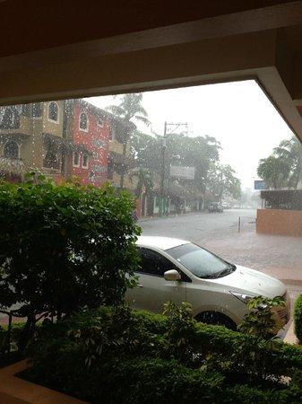Hotel Sosua Sunrise : it was raining