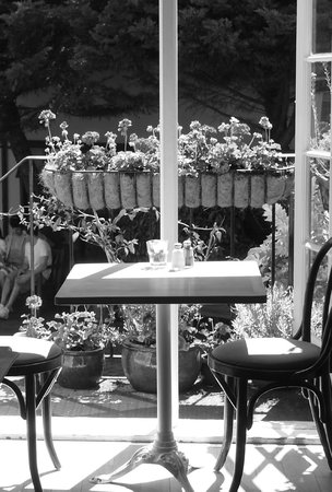 Chamomile Cafe: The view from my seat on a rare sunny day!