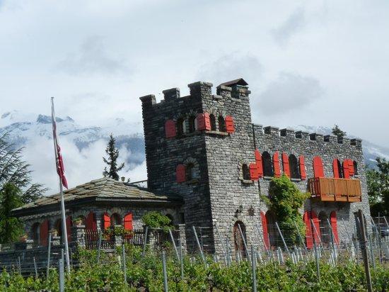 Colline de Daval: Castel de Daval