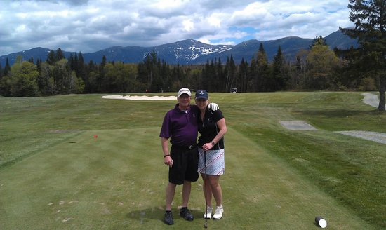 Omni Bretton Arms Inn at Mount Washington Resort: Fun golf course with spectacular views!