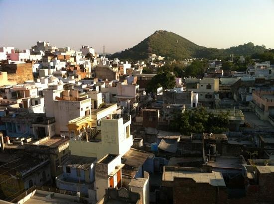 Hotel Janak Niwas: view from the rooftop terrace