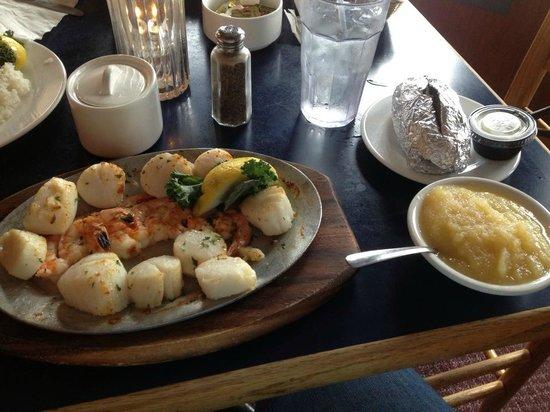 Sugar Creek Seafood Restaurant Broiled Shrimp And Scallops W Baked Potato Le Sauce