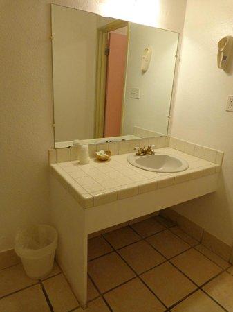 Hollywood VIP Hotel: Banheiro