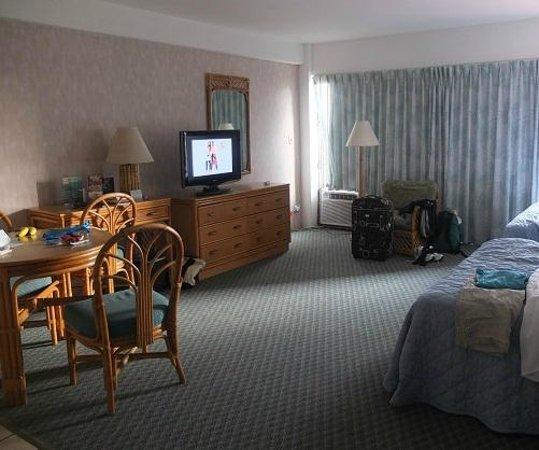 Ilima Hotel: Large room!