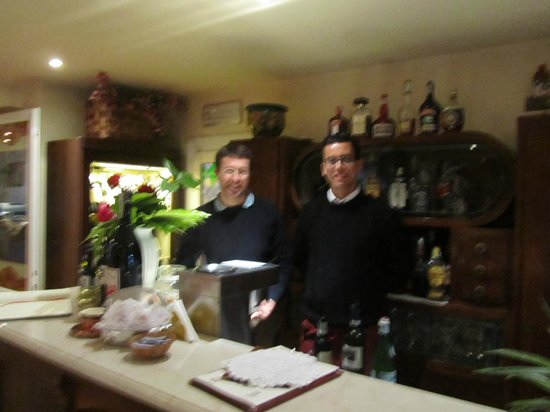 Hotel du Lac: Valerio and his servant in the bar