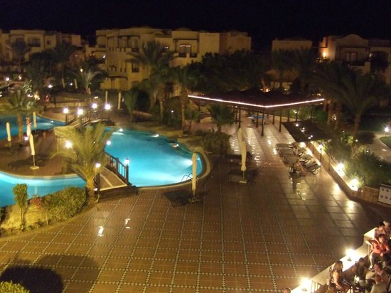Iberotel Coraya Beach Resort: Pool View