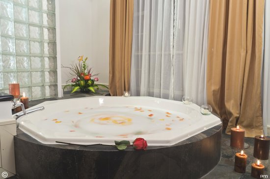 Howard Johnson Hotel Loja: Suite nupcial