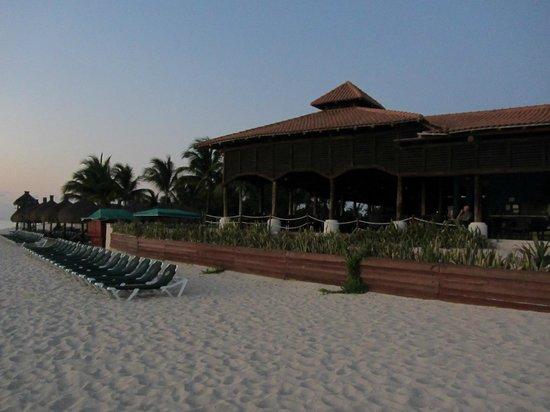 Occidental Cozumel: Beach restaurant