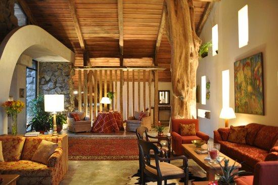 Poas Volcano Lodge: Interior