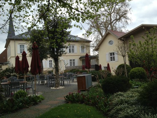 Hotel Ketschauer Hof : Restaurants at the garden area