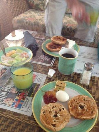 Heron House : Frühstück mit Geschirr ;-))