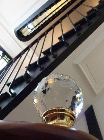 Le Cesar Hotel : escalier