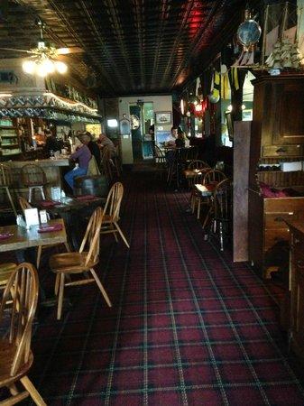 Ship Inn Restaurant & Brewery : Another shot of the bar